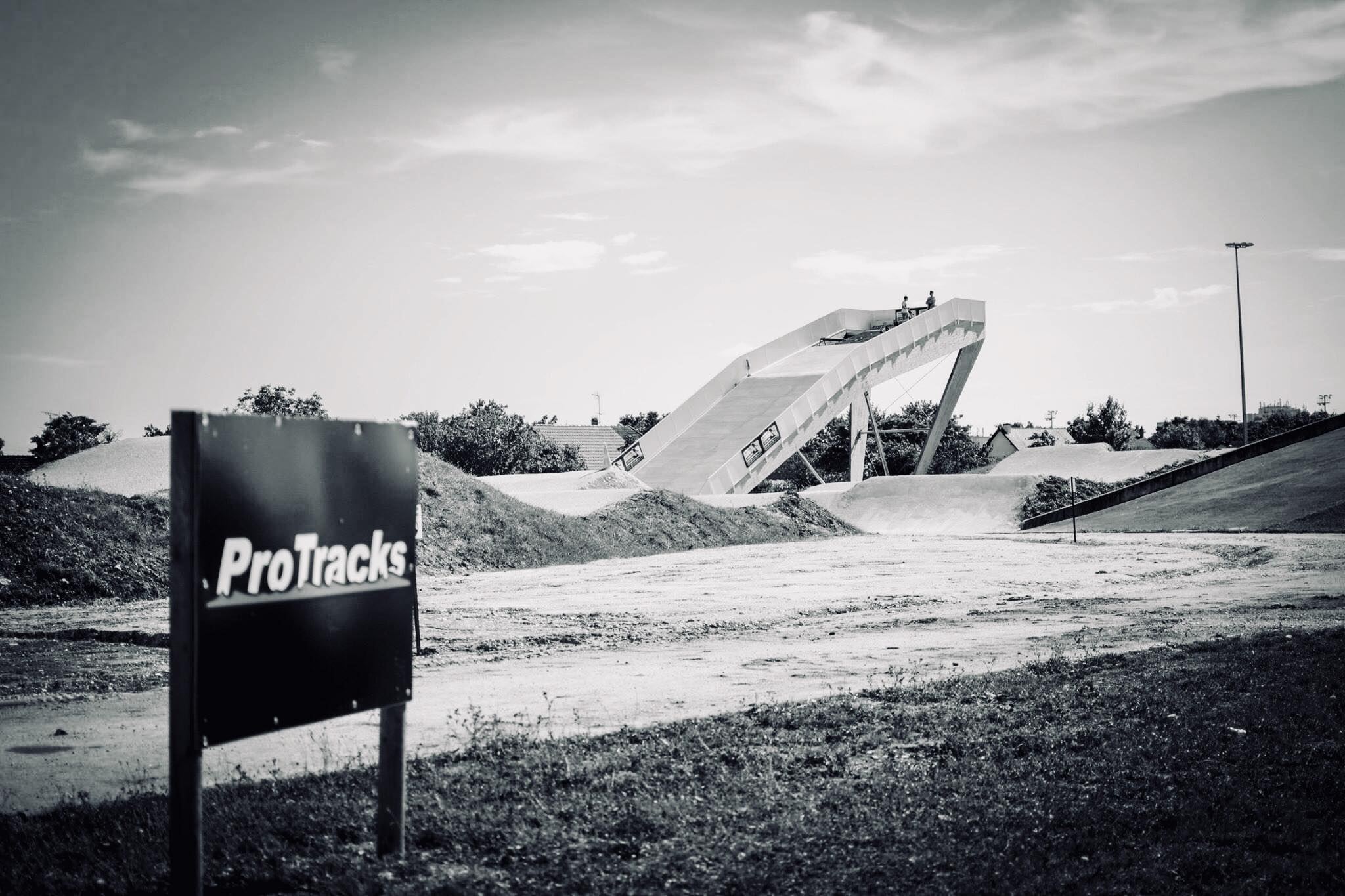 ProTracks - Design et Construction - BMX - PumpTracks